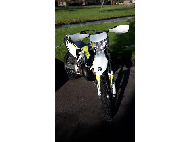2016 Husqvarna TE300 - 2-stroke, Road Legal Enduro/Green-Lane bike - Image 6
