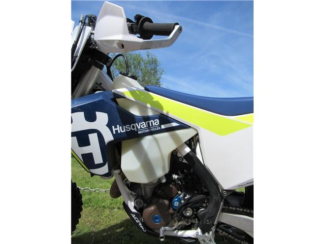2017 Husqvarna FE250 - 4-stroke Enduro/Green-Lane - Image 9