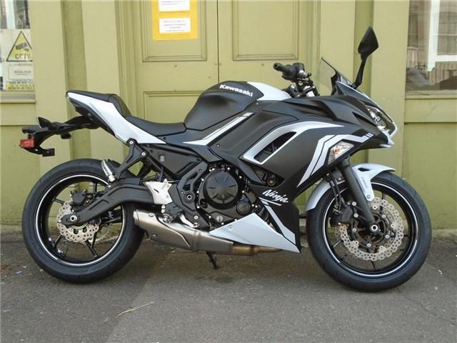2020 (20) reg Kawasaki Ninja 650 EX650MLFA
