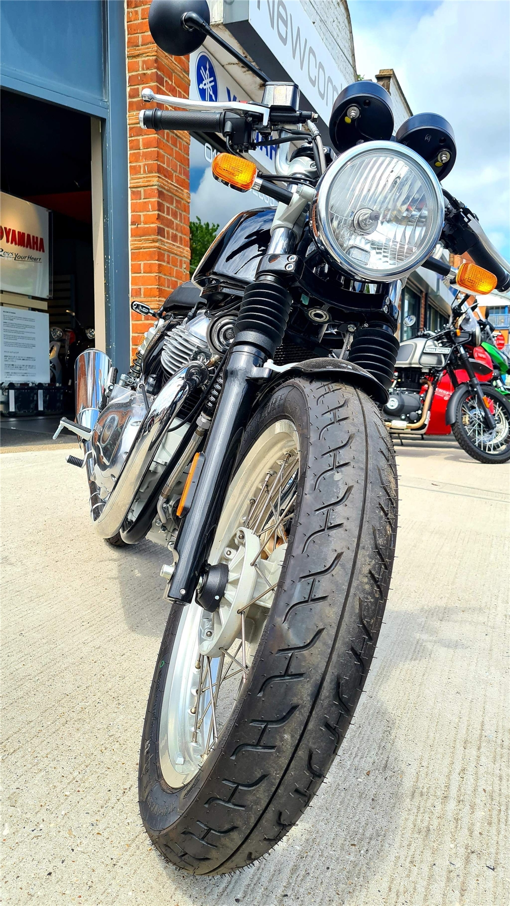 Royal Enfield Continental GT 650 Twin 650 Dual Colour ABS - Image 4