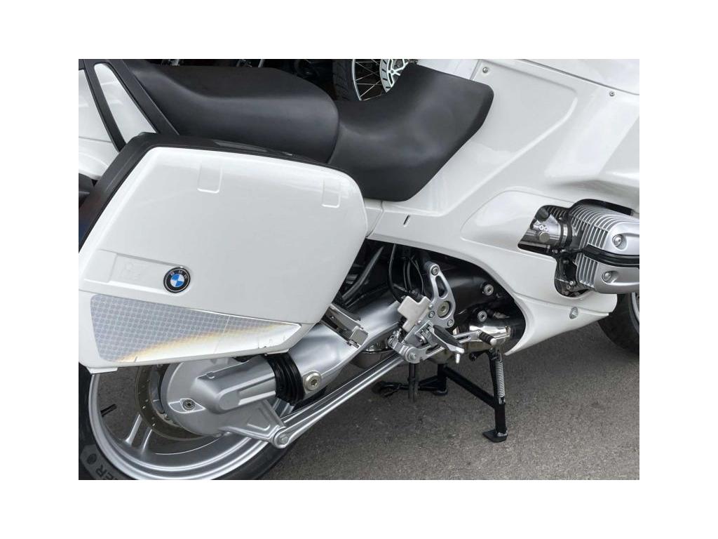 2005 BMW R1150RS White - Image 2