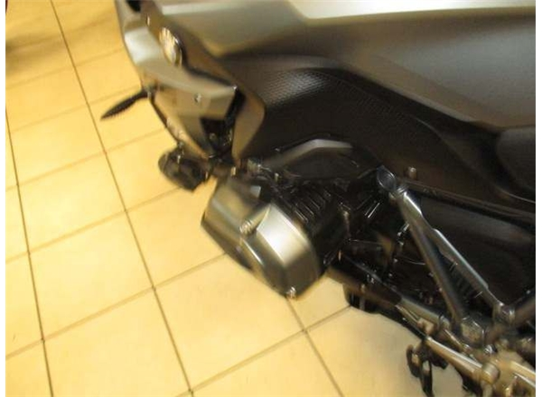2015 BMW R1200RS 1200 RS Sport SE ABS - Image 8