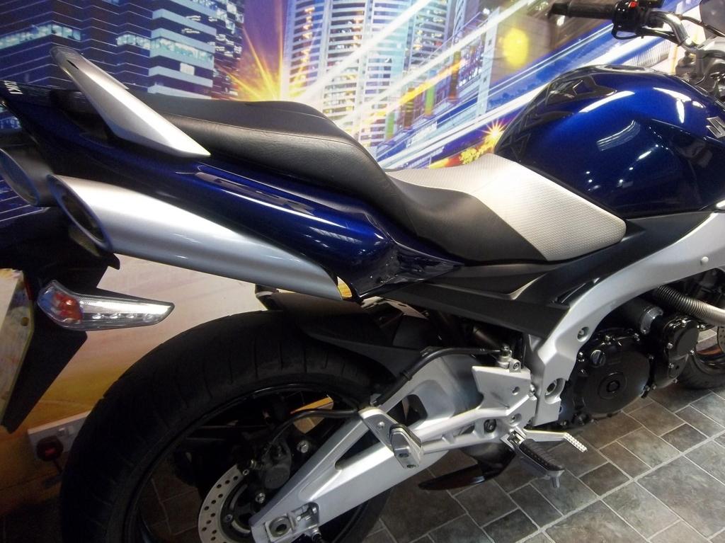 Suzuki GSR 600 K6 Sports Naked  - Image 4