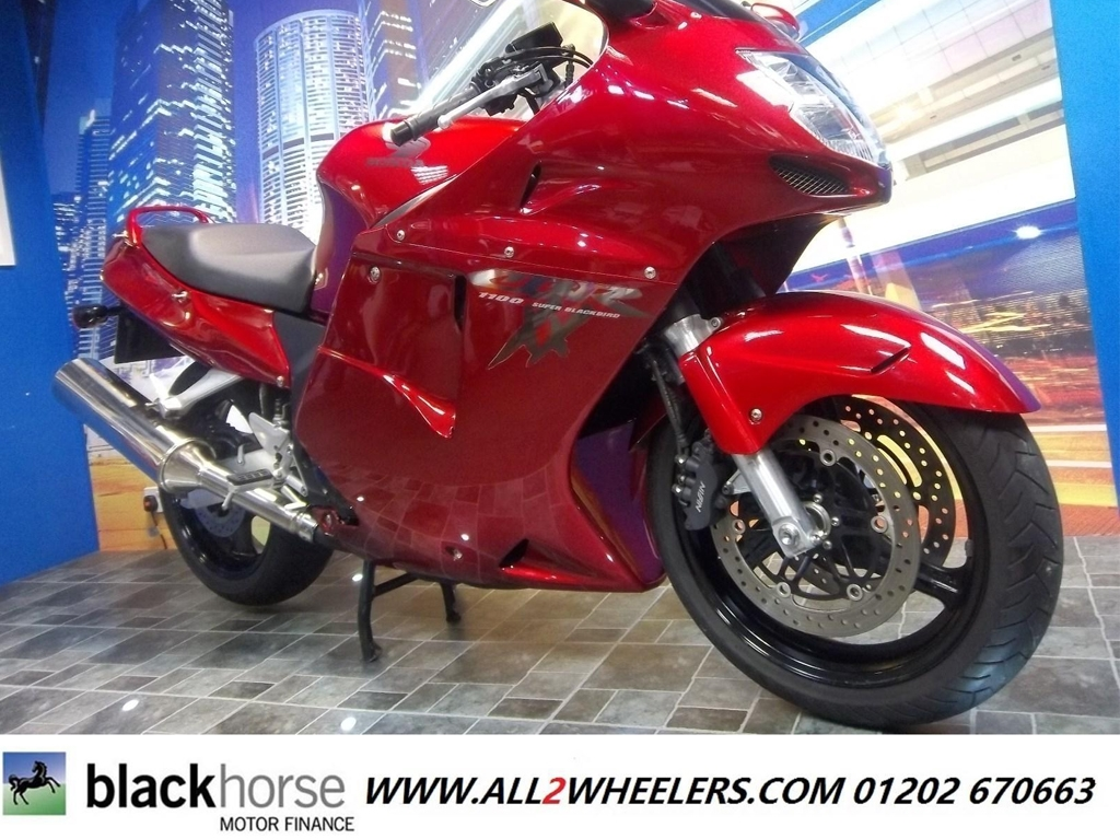 Honda CBR1100 XX-W Super Blackbird Tourer - Image 2
