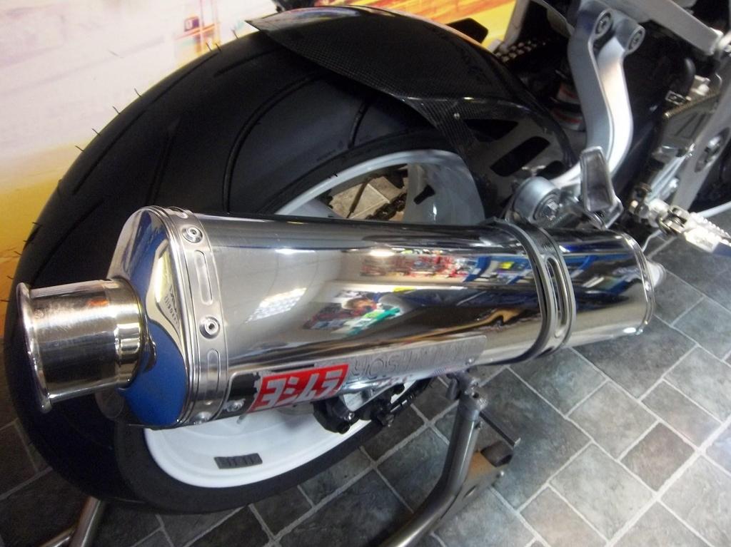 Suzuki GSXR 600 K3  - Image 7