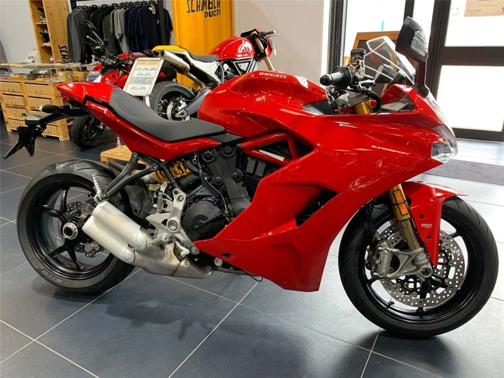 2018 Ducati Supersport 940 ABS - Image 0